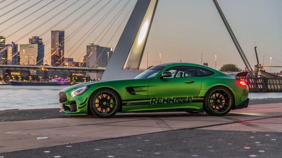 Xem Mercedes-AMG GT-R độ Renntech phá kỷ lục Nurburgring